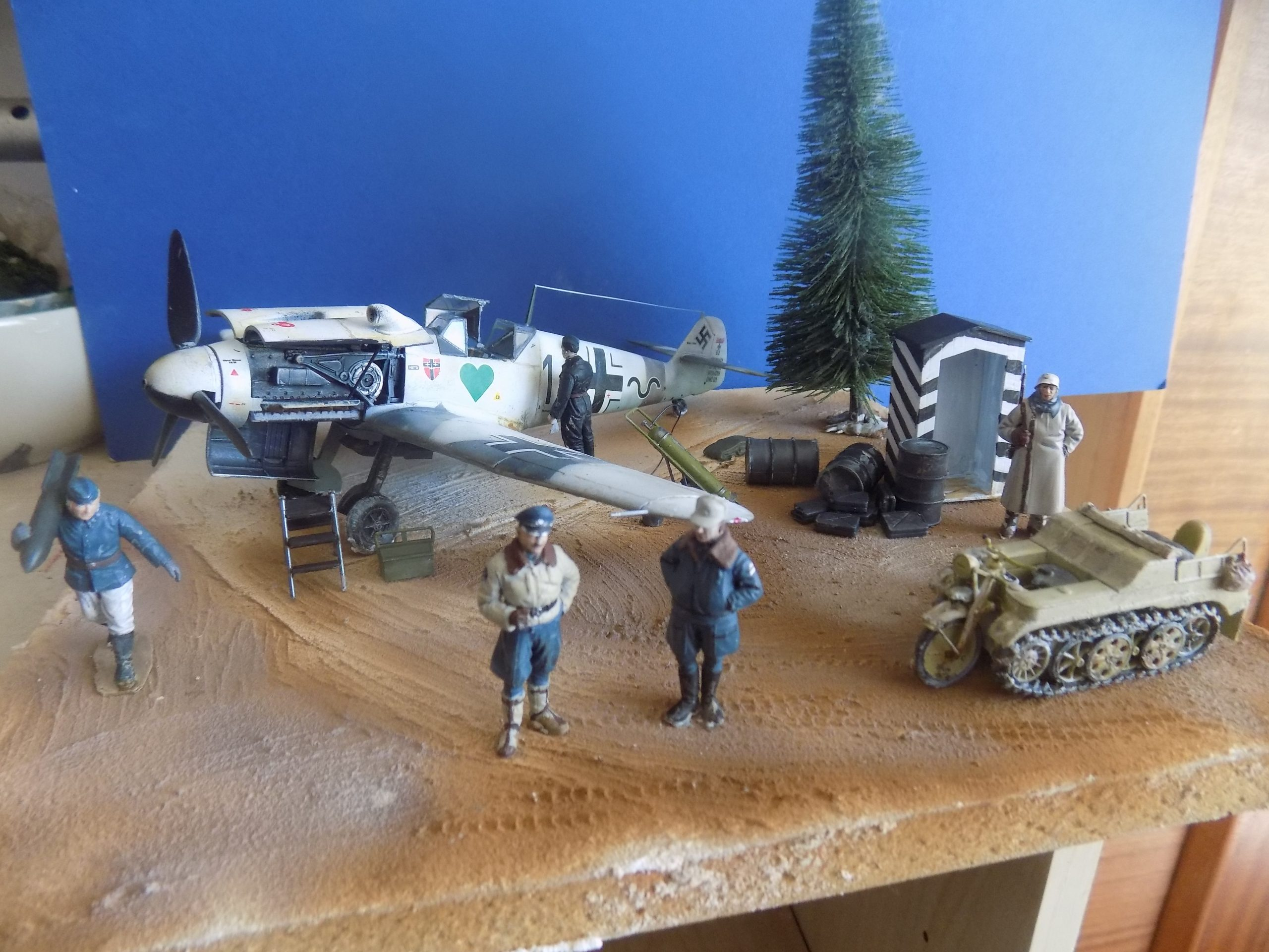 Diorama German airfield in Russia Spring 1942