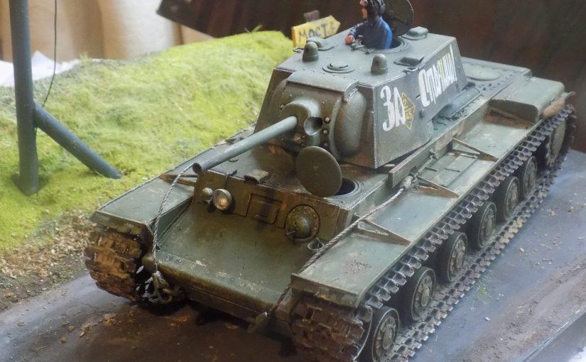 KV-1 Soviet heavy tank. Model 1941 early production. Tamiya 1:35 scale. Тяжелый танк КВ-1.